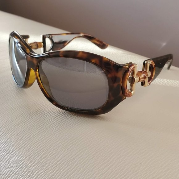 Gucci brown tortoise bamboo horsebit sunglasses